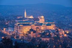 Buda Castle alla notte, Budapest, Ungheria fotografia stock libera da diritti