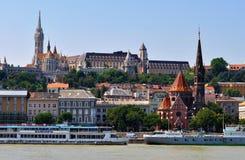 Buda Castle de rivier van Donau - Boedapest royalty-vrije stock afbeeldingen