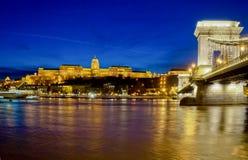 Buda Castle e ponte a catena, Budapest, Ungheria Fotografie Stock Libere da Diritti