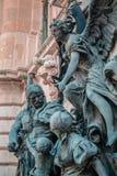 Buda Castle Statue am Eingang zum Nationalmuseum, Budapest, Ungarn Lizenzfreies Stockbild