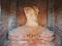A Buda danificada no parque histórico de Sukhothai Fotografia de Stock