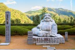 Buda de Kensenen do sorriso, no templo de Seiganto-ji, Wakayama imagens de stock royalty free