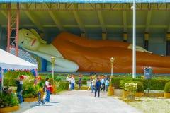 Buda de mentira Wat Phothivihan Tumpat Fotos de archivo libres de regalías