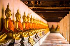 Buda de oro clasificado en Wat Phutthaisawan Ayutthaya Tailandia imagen de archivo