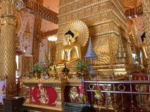 Buda de Wat Phra That Ning Bua imagens de stock royalty free