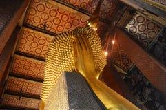 BUDA DOURADA DO SONO EM BANGUECOQUE TAILÂNDIA Imagem de Stock Royalty Free