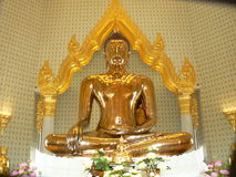 Buda dourada, templo de Wat Traimit, Banguecoque, Tailândia Foto de Stock Royalty Free