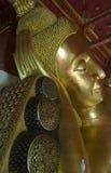 Buda em um templo tailandês Fotografia de Stock