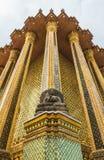 Buda en Wat Phra Kaew, Bangkok Tailandia. Imagen de archivo