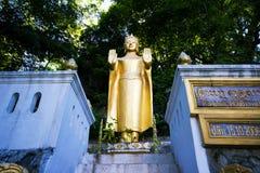 Buda en Wat Phra That Phu Si fotos de archivo libres de regalías