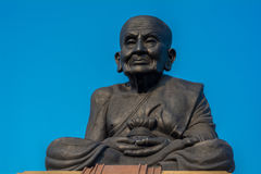 Buda grande en el templo de Huay Mongkol imagen de archivo libre de regalías