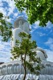 Buda grande en Phuket; Tailandia Foto de archivo libre de regalías