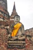 Buda grande en templo Foto de archivo libre de regalías