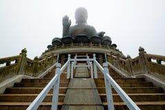 Buda grande na ilha de Lantau fotografia de stock