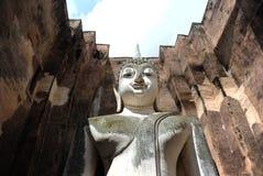 Buda grande no templo do amigo de Sri imagens de stock