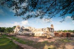 Buda grande viejo en Wat Lokaya Sutha Fotografía de archivo