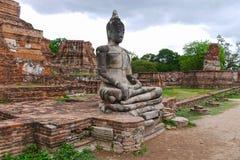Buda i Ayutthaya thailand Royaltyfri Bild