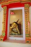 Buda no pradu Rayong do pa de Wat imagens de stock