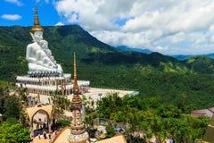 A Buda no templo de Phasornkaew, Tailândia fotografia de stock