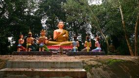 Buda y estatuas sagradas de dios Fotografía de archivo
