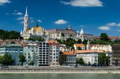 Buda y Matthias Church. Ciudad vieja de Budapest, Hungría. Foto de archivo