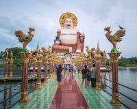 Budai, το ύφος ο γελώντας Βούδας Chinesse, στο ναό Wat Plai Leam Koh στο νησί Samui, Ταϊλάνδη Στοκ Φωτογραφία