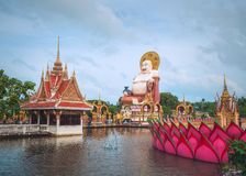 Budai, de Chinesse-Stijl Lachende Boedha, in Wat Plai Leam Temple op Koh Samui Island, Thailand Stock Fotografie