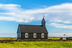 Budakirkja黑色在1847年绘了路德教会被架设与bl 免版税库存图片