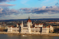 budapest byggnadsparlament Arkivfoto