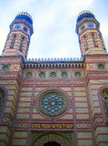 budapest dohany synagogautca Arkivfoton