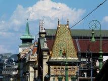 Budapest Hall dachu i dachu wierzchołka Wielcy Targowi kolorowi szczegóły fotografia stock