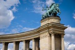 Budapest hjältefyrkant Arkivbild