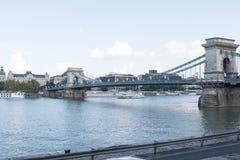 Budapest/Hungary-09 09 18: Łańcuszkowego mosta Budapest Szechenyi widoku lato obraz royalty free