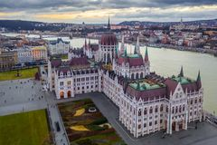 Free Budapest, Hungary - Aerial View Of The Parliament Of Hungary With Szechenyi Chain Bridge, Buda Castle Stock Photo - 138662690