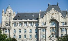 BUDAPEST, HUNGARY/EUROPE - 21 DE SEPTIEMBRE: Hotel Gre de cuatro estaciones imagenes de archivo