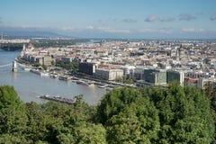 BUDAPEST, HUNGARY/EUROPE - 21 DE SETEMBRO: Vista do rio Danu fotos de stock royalty free