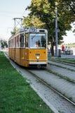 BUDAPEST HUNGARY/EUROPE - SEPTEMBER 21: Spårvagn i Budapest Hunga arkivbilder