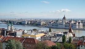 BUDAPEST, HUNGARY/EUROPE - WRZESIEŃ 21: Widok od Fishermans b zdjęcia stock