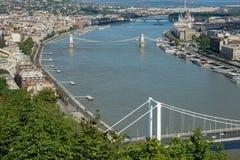 BUDAPEST, HUNGARY/EUROPE - WRZESIEŃ 21: Widok Rzeczny Danu zdjęcie royalty free