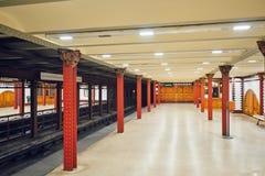 BUDAPEST, HUNGARY-MAY 02,2016 : Intérieur de station de métro dans Budape Image stock