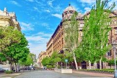 BUDAPEST HUNGARY-MAY 04,2016: Stads- sikt för härligt landskap, stad Arkivfoto