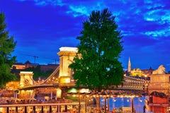 BUDAPEST, HUNGARY-MAY 03,2016: Szechenyi Łańcuszkowego mosta widok od P Obrazy Stock