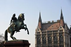 Budapest, Hungary. The neo-gothic Hungarian Parliament building front entrance, designed by Imre Steindl, with an equestrian statue of Ferenc Rakoczi II in Stock Image