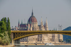 budapest hungary parlament arkivfoton