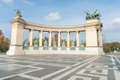 BUDAPEST, HUNGRÍA - 26 DE OCTUBRE DE 2015: Cuadrado de los héroes en Budapest, Hungría Imagen de archivo libre de regalías