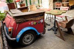 BUDAPEST, HUNGRIA - AVRIL 15, 2016: Mini Minor Morris reciclou i Fotos de Stock Royalty Free