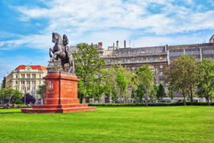 BUDAPEST, HUNGRIA - 2 DE MAIO DE 2016: Monumento para Francis II Rakocz Imagens de Stock