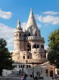 BUDAPEST - 27. JUNI: Ansicht zur Bastion des Fischers, die Terrasse herein Lizenzfreies Stockbild