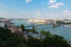 Budapest med den Chain bron, Ungern Arkivbilder