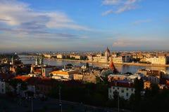 Budapest miasto i Danube rzeka przy zmierzchem Obraz Royalty Free